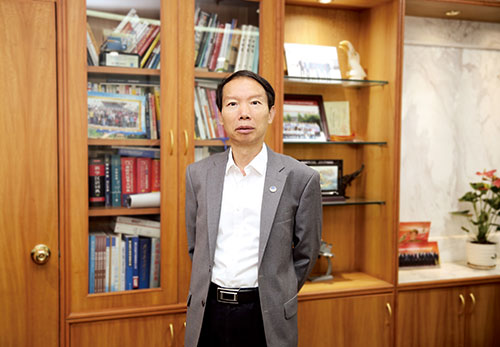 中国长城资产董事长沈晓明:筑牢金融防火墙强化救助服务金融